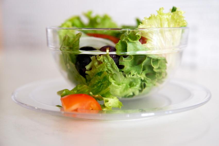 #2 Salade de Mâche aux Nectarines et Chèvre Sec – Les Salades RBDRINKS®